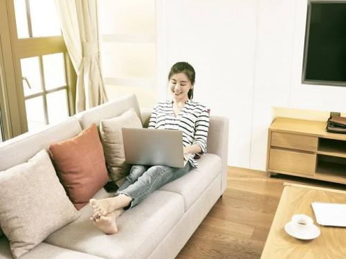C2JOY Tips Tetap Sehat Saat Menjalani Work from Home (WFH)